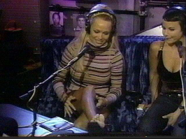 Pamela Anderson The Howard Stern Show - XVIDEOSCOM